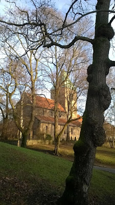middelalderkirke medieval church