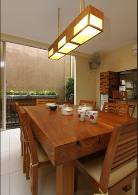 model ruang makan indah dari kayu jati