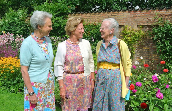 Prinzessin Sofia Schloss Three Sisters, Queen Margrethe, Princess Benedikte, Queen