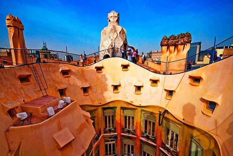 La Pedrera Casa Mila em Barcelona