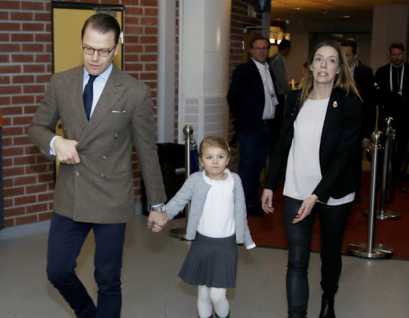 Princess Estelle at the European Women's Handball Championships, Crown Princess Victoria, Princess Madeleine