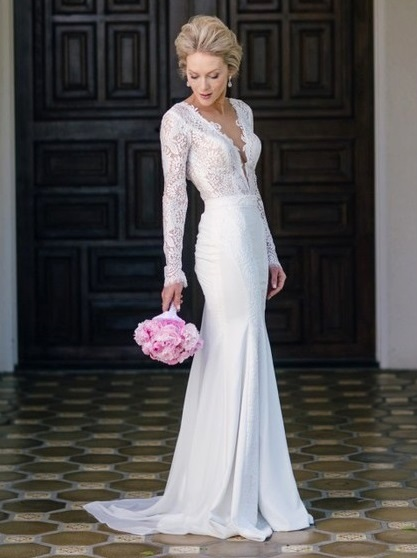Fashion Trumpet/Mermaid Scoop Neck Lace Chiffon Appliques Lace Sweep Train Long Sleeve Backless Wedding Dresses