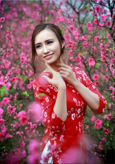 Ngo Thu with Cherry Blossom