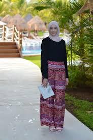 Fashion Wanita Paha Besar
