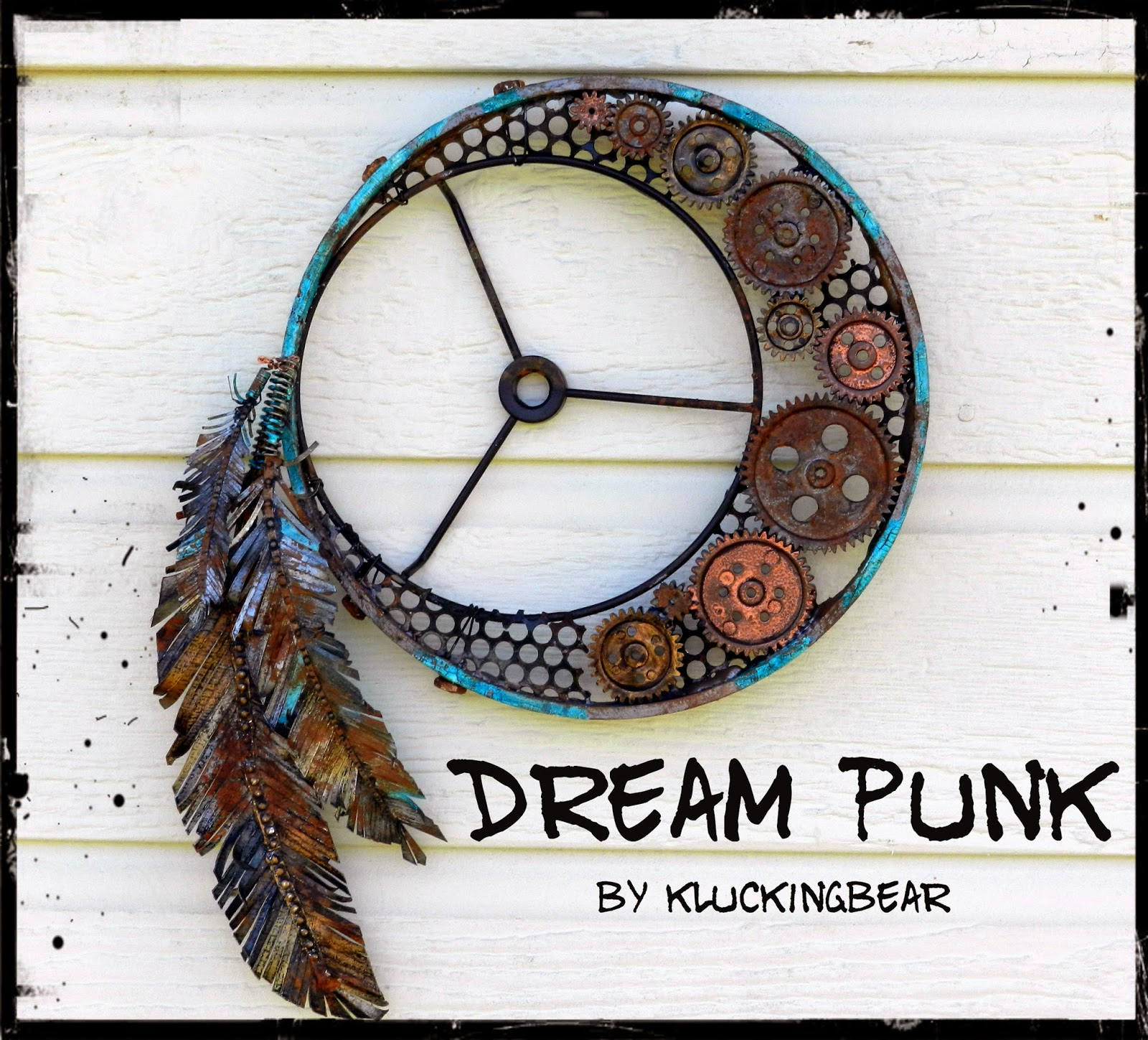 http://kluckingbear.blogspot.co.at/2014/06/steampunk-dreamcatcher.html