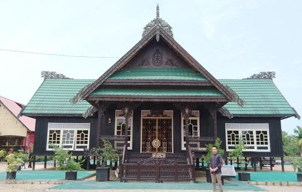 Rumah Baloy, Rumah Adat Provinsi Kalimantan Utara