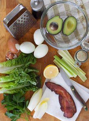 Avocado Egg Salad Lettuce Wraps with Bacon