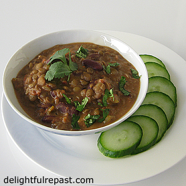 Dal Makhani - An Indian Dish / www.delightfulrepast.com