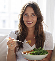 Ella Woodward, food blogger