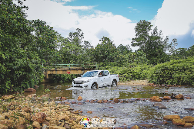 Four-wheels drive off-road adventure at the Jerangkang Waterfalls in Maran, Pahang