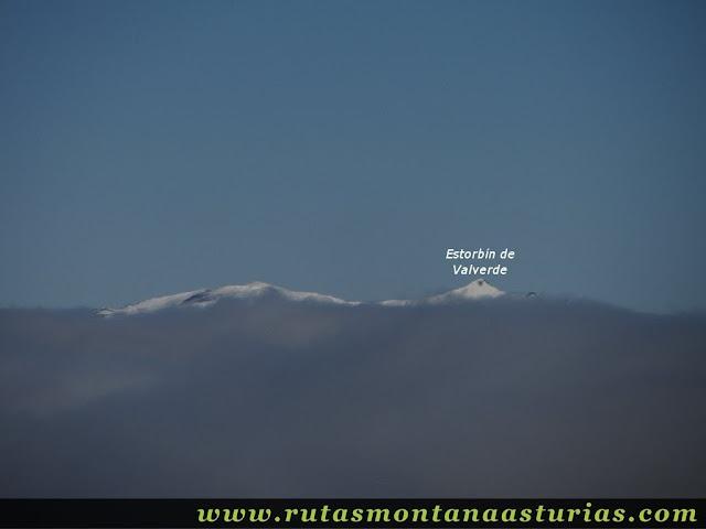 Ruta al Cerro Pedroso: Vista del Estorbín de Valverde