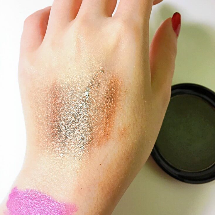 wet n wild Fantasy Makers coloricon Shade Shifting Blush Zombie Blush swatch