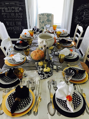 BlackFall tablescape, Thanksgiving tablescape, black and white polka dot plates