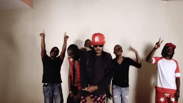 VIDEO - Troglobio MC  T.O.P Feat. Guelsony