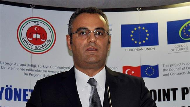 Turkish security forces detainsPrime Minister Binali Yildirim's chief adviser Birol Erdem over links to Gulen movement