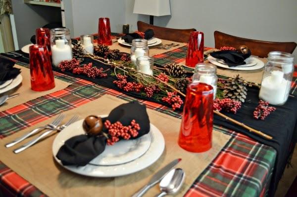 10 mesas decoradas por navidad colores en casa for Decoracion luminosa navidena