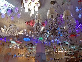 потолочные люстры много выбор магазин