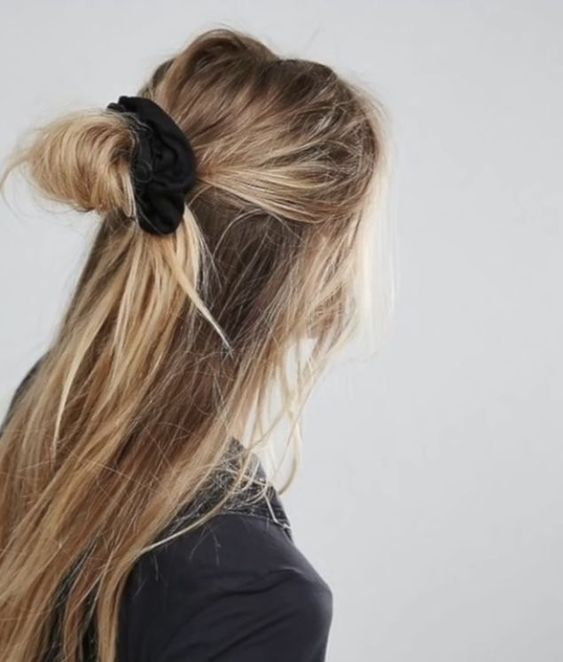 Reasons Why We Support the Scrunchie Revival
