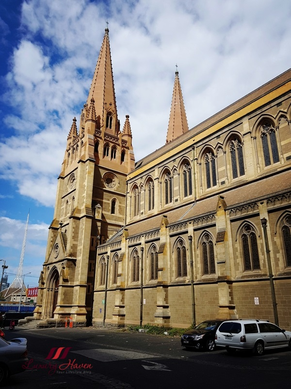 victoria historical buildings st paul cathedral melbourne