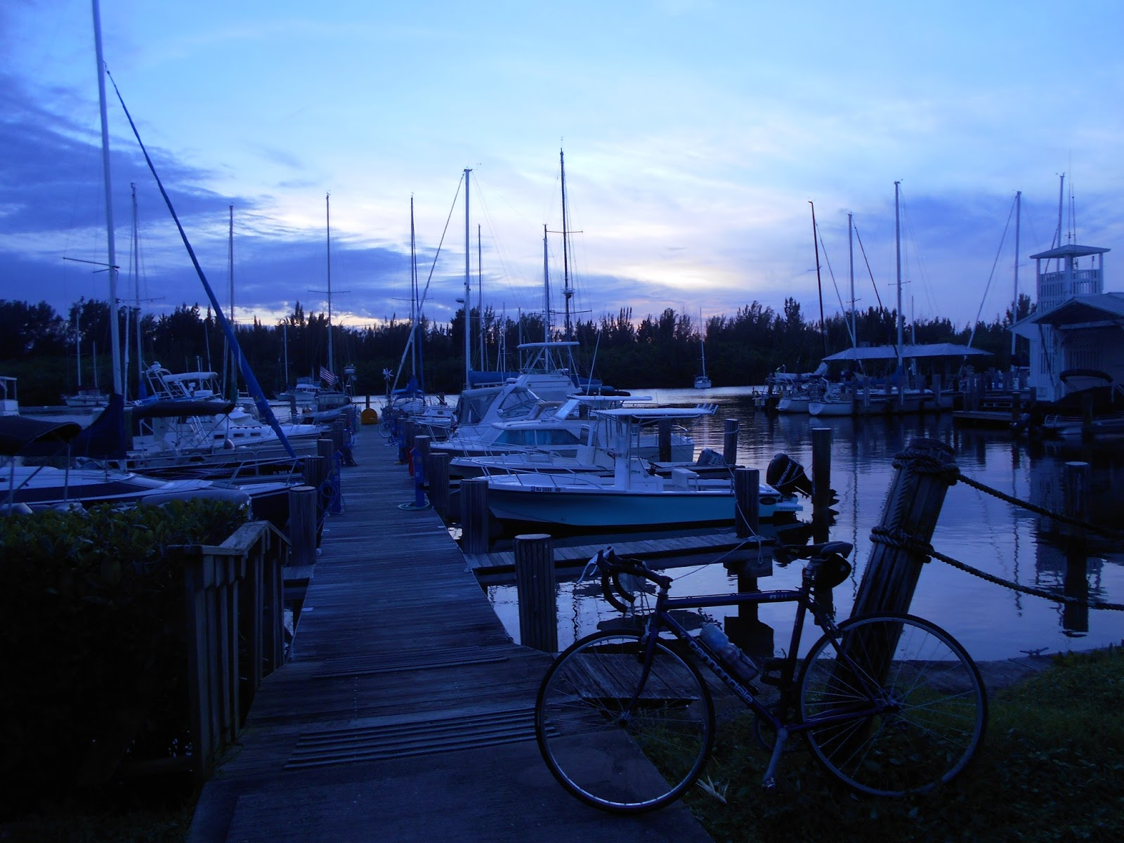 Bicycle stories a bicycle life in photos for Vero beach fishing pier