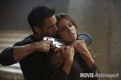 Colin Farrell grapples with Kate Beckinsale in Total Recall (It would be rude not to)