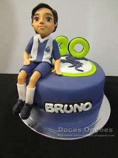 Bolo para o 30º aniversário do Dragão Bruno