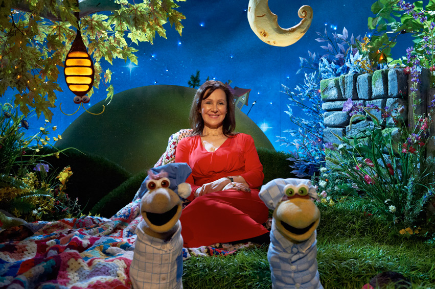 Nick Jr Channel Uk To Show Brand New Of A Bedtime Story On 31st August 2017 Featuring Arlene Phillips Obe Telling The Classic Kids