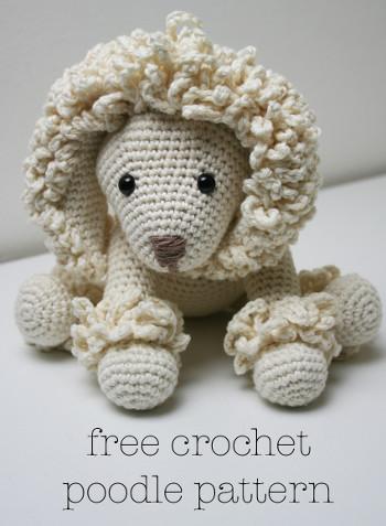 2000 Free Amigurumi Patterns: Poodle toy dog