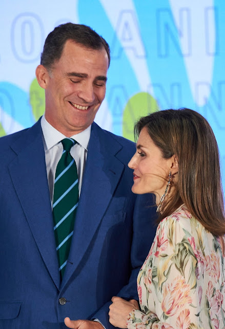 King Felipe and Queen Letizia Ortiz Deliver Iberdrola 2016 Scholarships at the Iberdrola Foundation headquarters. Letizia wore Printed floral dress