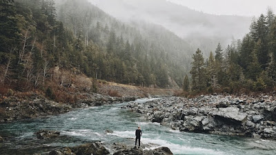travel-blogging-in-hills