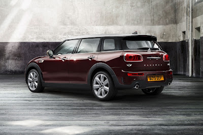 all new 2016 MINI Clubman Rear side three qauter image