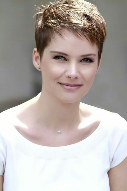 New-trend-Short-hairstyle