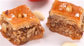 افضل حلويات جزائرية تقليدي و والعصرية سهلة التحضير baklawa.jpg