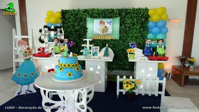 Decoração festa Frozen aniversário da Anna - Provençal simples com muro inglês