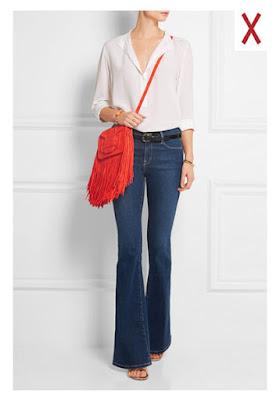 Сумка-почтальон с джинсами