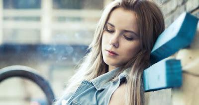 6 Penyebab Anda Tersiksa Karena Cinta