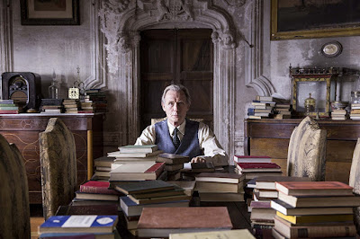 Bill Nighy é Edmund Brundish