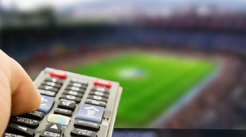 DIRETTA Calcio Milan-Chievo Streaming Rojadirecta Napoli-Sassuolo Gratis Spal-Inter.
