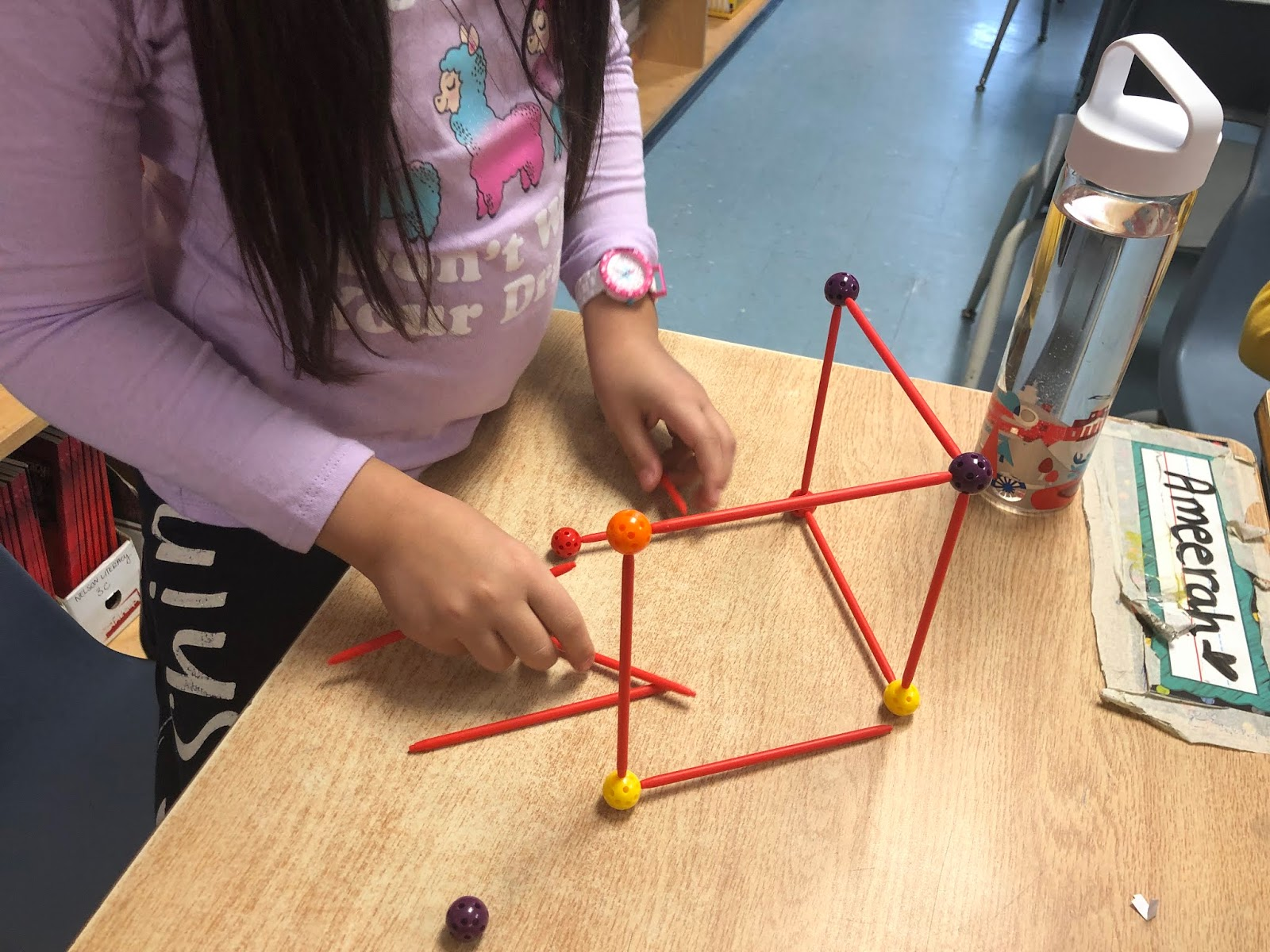 Ms Kwak's Grade 3 Class 18-19: [Math] 2D and 3D shapes
