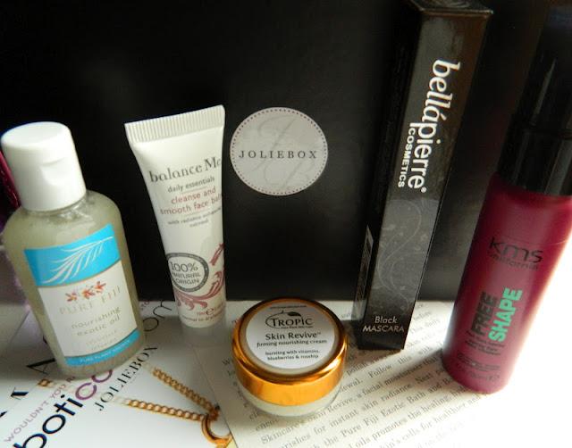 blog review April 2012 JolieBox