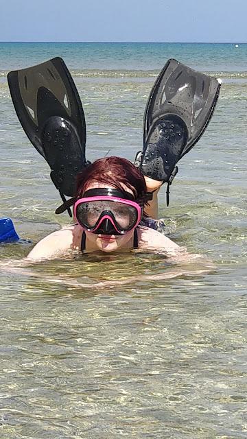 Teen Modelling snorkel gear from Simply Scuba #simplysnorkelling