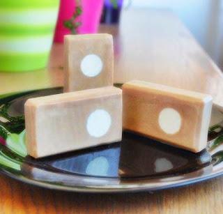 Hacer jabón con leche: receta jabón casero «café con leche»