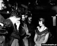 """Чарли Чаплин на съемках новогоднего эпизода из """"Золотой лихорадки"""" (1925) - 4"""