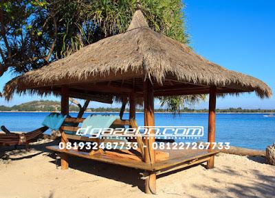 Gazebo Pantai Kayu