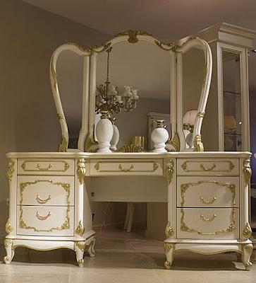 id es de d coration de la coiffeuse de votre chambre. Black Bedroom Furniture Sets. Home Design Ideas
