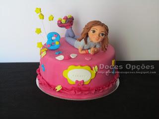 Um bolo Soy Luna para o aniversário da Mariana