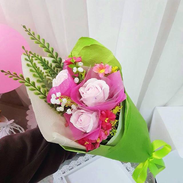 Hoa hong sap thom vinh cuu o Nghia Dung