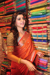 Actress Samantha Pictures in Saree at South India Shoping Mall Launch 0306