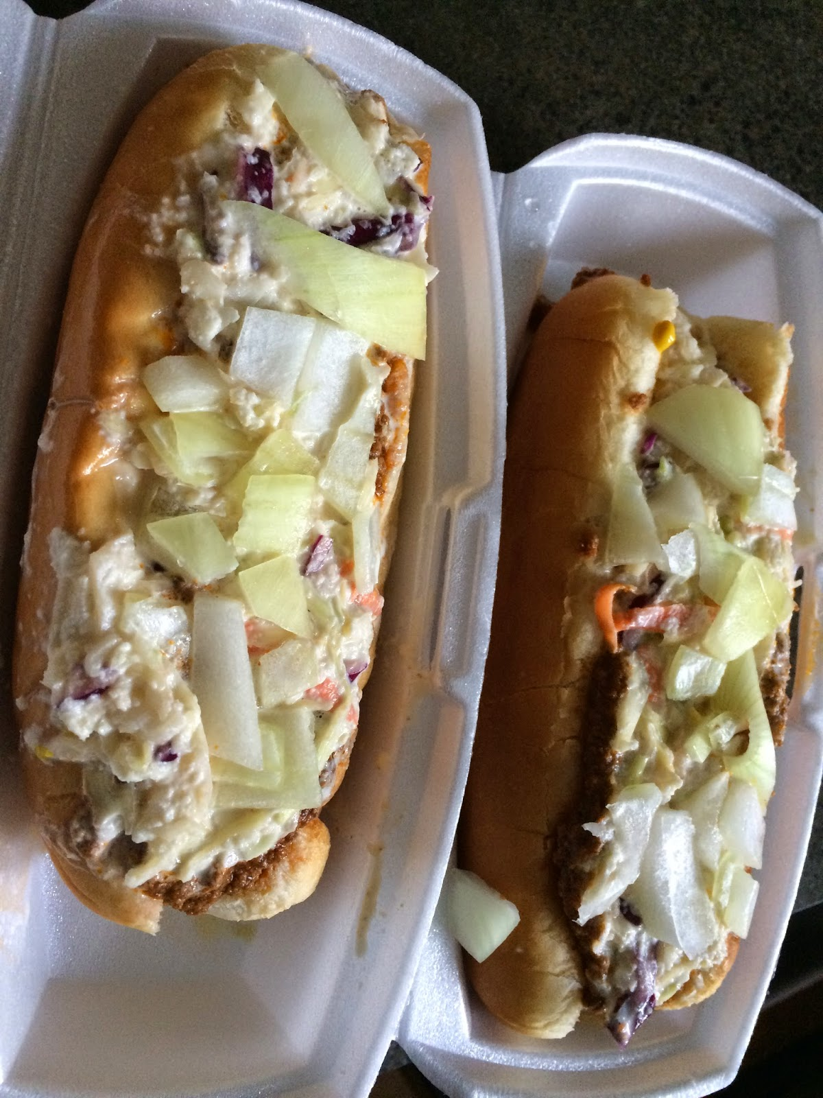 the west virginia hot dog blog charleston hdj review hot dogs to go at the corner kitchen. Black Bedroom Furniture Sets. Home Design Ideas