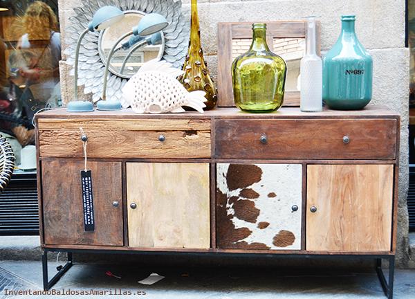 Mueble vintage de diversos materiales